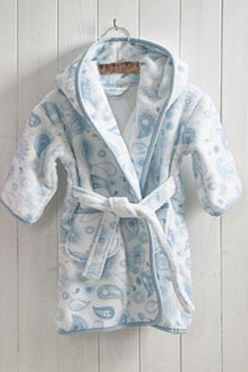Angel Patterned Hooded Bathrobe