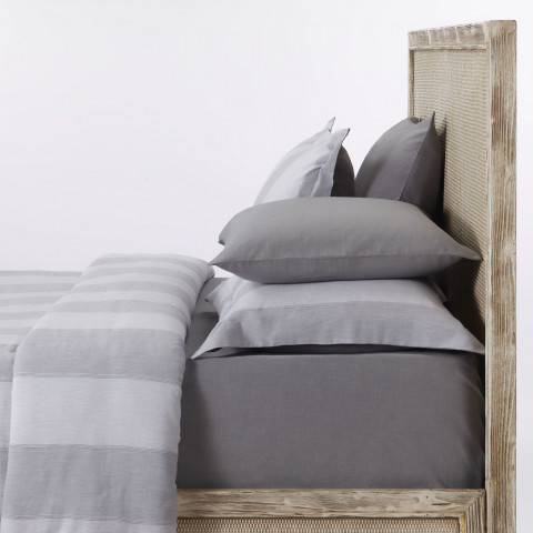 Alley Striped Bedding Set
