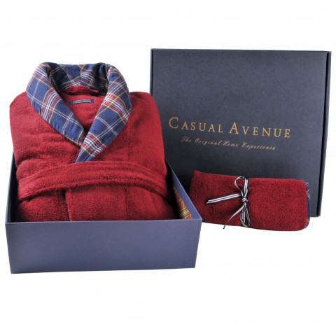 Signature Towel and Bathrobe Gift Set